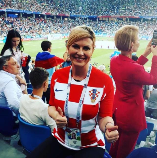 Президент Хорватии на ЧМ-2018: прилетела экономом, посмотрела матч с обычными фанатами и пригласила Путина в Сочи
