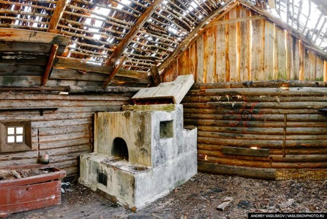 Заброшенная кинодеревня, которая спряталась в Псковских лесах