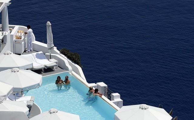 Вместо курортного сбора - налог на зарубежный отдых