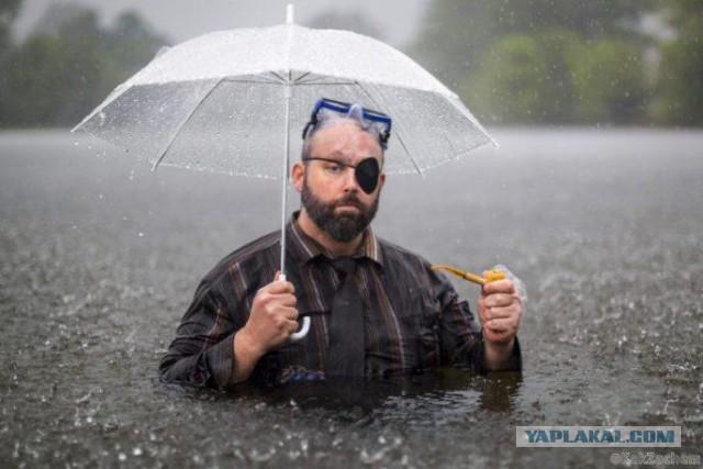Мужчина сделал это фото во время наводнения. На следующее утро он проснулся знаменитостью