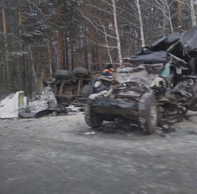 Уральский авторитет Степа с сыновьями погиб в ДТП... их раздавил прицеп