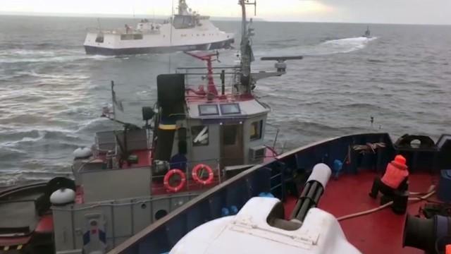 Су-24 с ракетами на малой высоте заставили корабли НАТО остановить учения