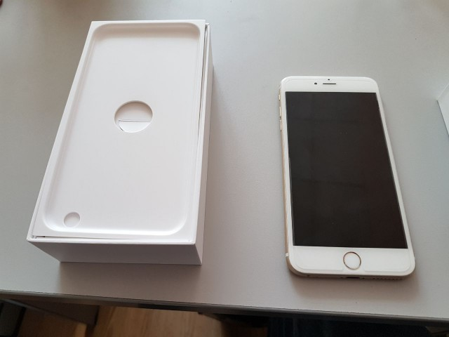 Продам iphone 6 plus 128