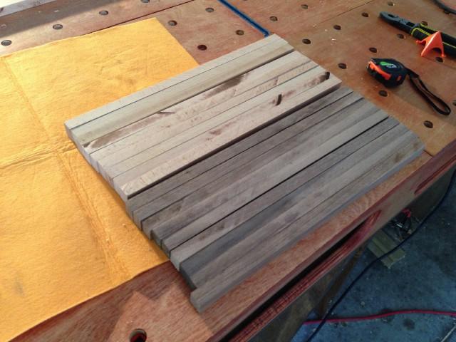 Торцовые доски в хоббийной мастерской