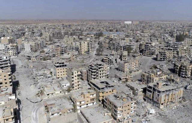 СМИ: вертолеты США эвакуировали командиров ИГ из провинции Дейр-эз-Зор
