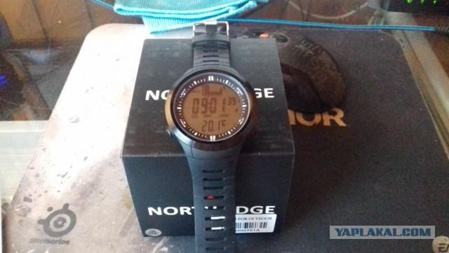 Продам часы North Edge