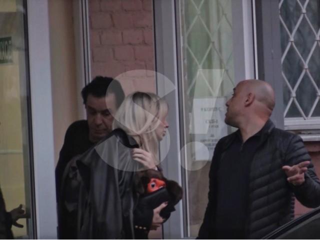 Тилль Линдеманн забрал Светлану Лободу из больницы