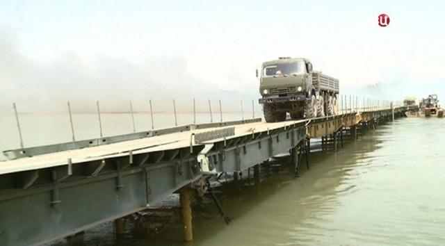 В Кемеровской области груженая фура обрушила мост