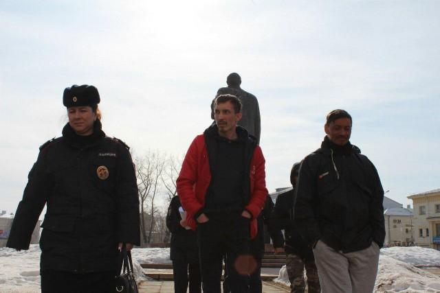 В Архангельске задержали десять участников бессрочной акции против строительства мусорного полигона в Шиесе