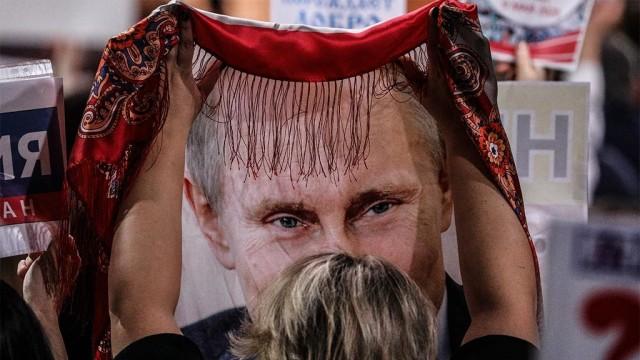 Путин согласился изъять из Конституции оговорку, позволившую ему вернуться на пост президента