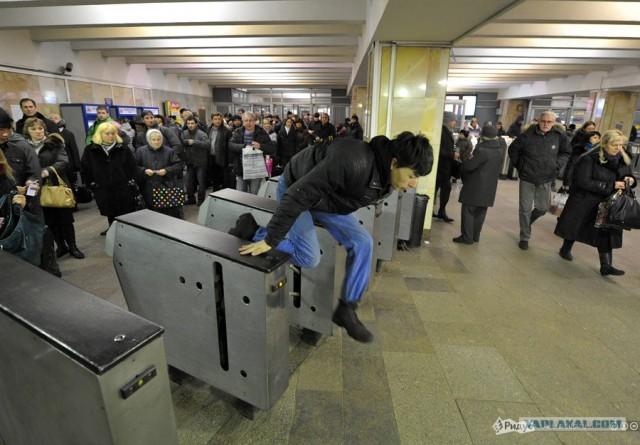 Как в московском метрополитене ловят безбилетников