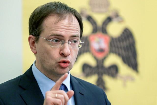 Владимир Мединский признался, что ему не хватает зарплаты