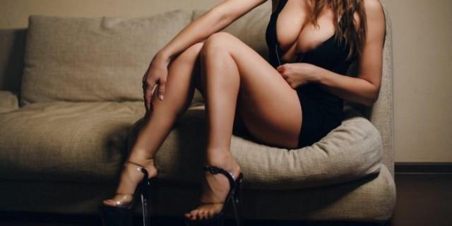Мужчина приехал к проституткам и встретил среди них свою жену