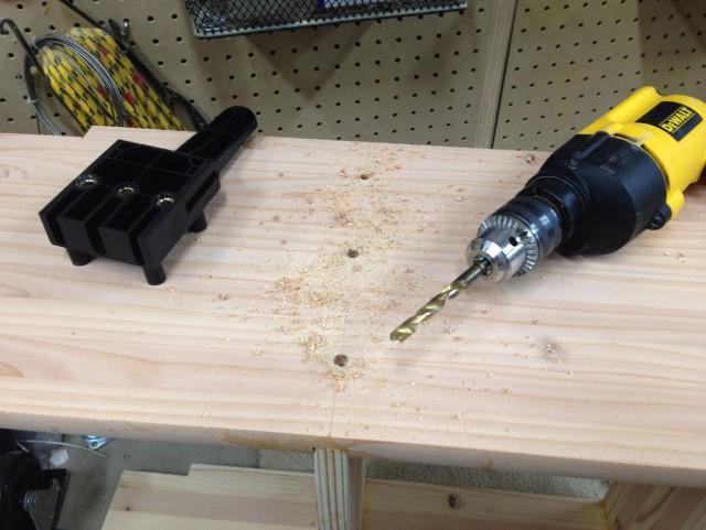 Строительство своими руками: антресолька из самодельного мебельного щита