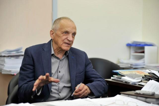 Тетюхин, вложивший все свои деньги в строительство уникального госпиталя, обвинил Минздрав в попытке уничтожения медцентра.
