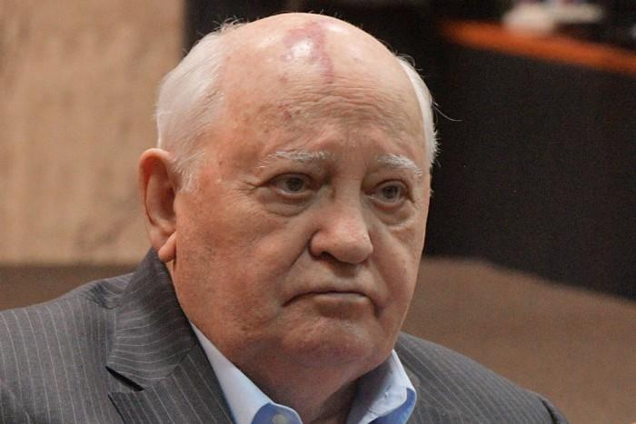Горбачёв упрекнул Путина и Трампа в неумении договариваться