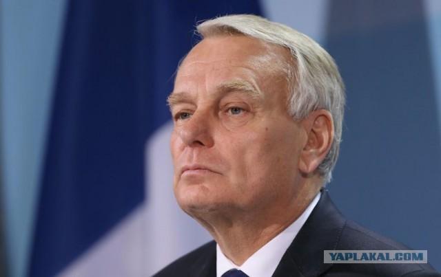 МИД Франции: РФ отдала Пальмиру ИГ, воюя с умеренной оппозицией в Алеппо
