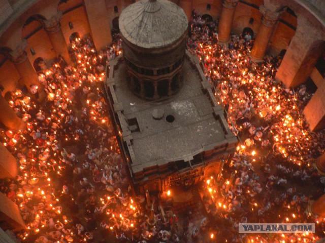 Храм Гроба Господня впервые с 1900 года закрылся в знак протеста