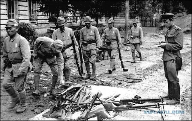 """В Токио предложили Москве признать """"ошибкой"""" военную операцию СССР 1945 года"""