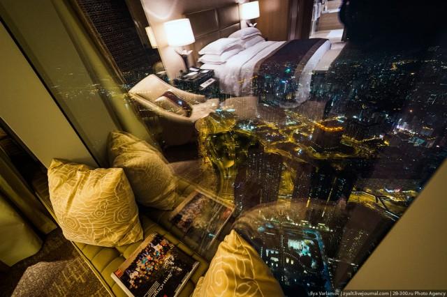 Самый высокий отель в мире!