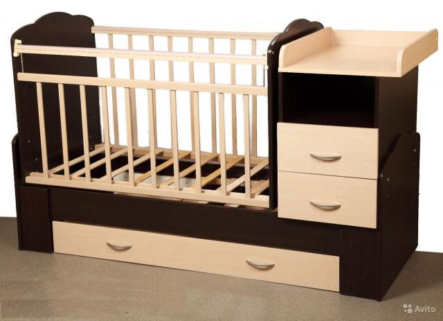 Куплю детскую кроватку-трансформер