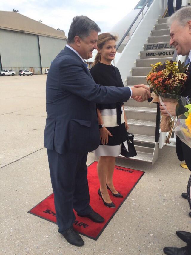 Стратегические партнеры проявили к прилетевшему в Нью-Йорк Порошенко максимальный почет и уважение