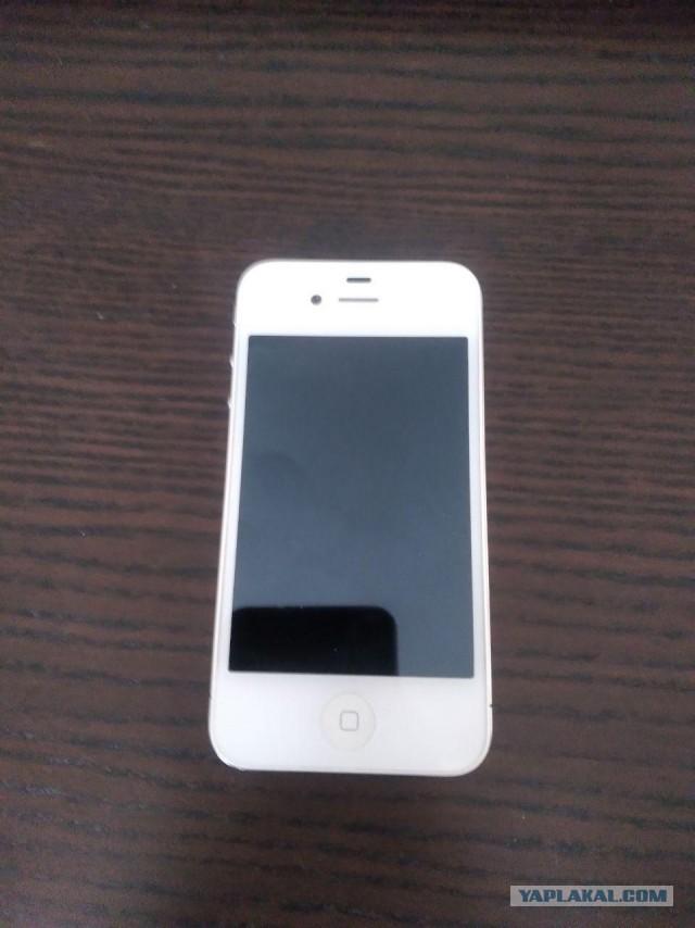 Продам Iphone 4 (8Гб)