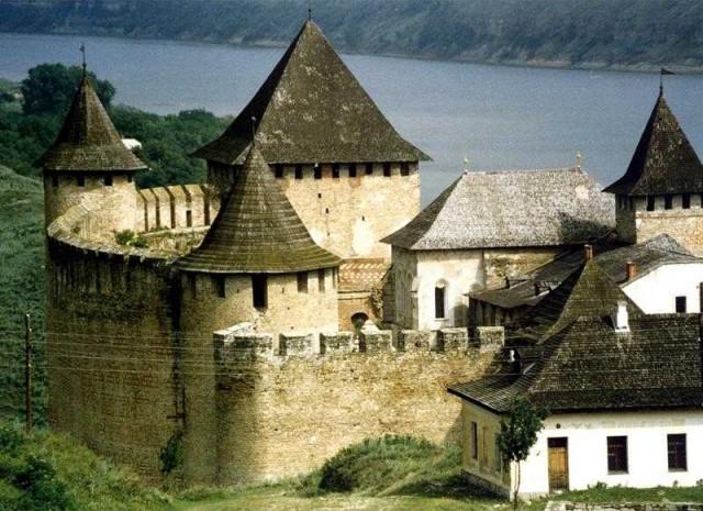 Десять замков Украины, которые стоит посетить