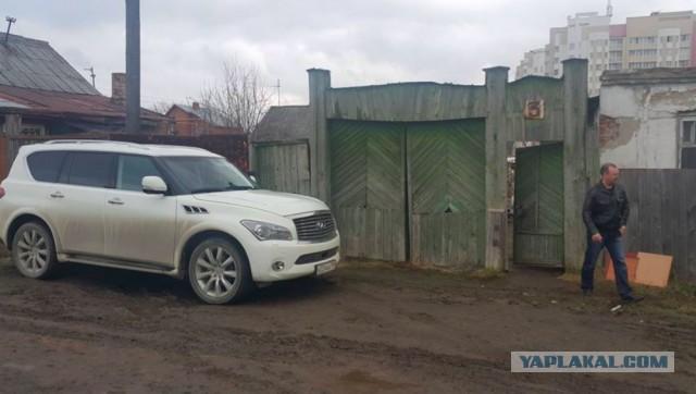Приставы вышвырнули рыдающую пенсионерку из единственного дома в Екатеринбурге