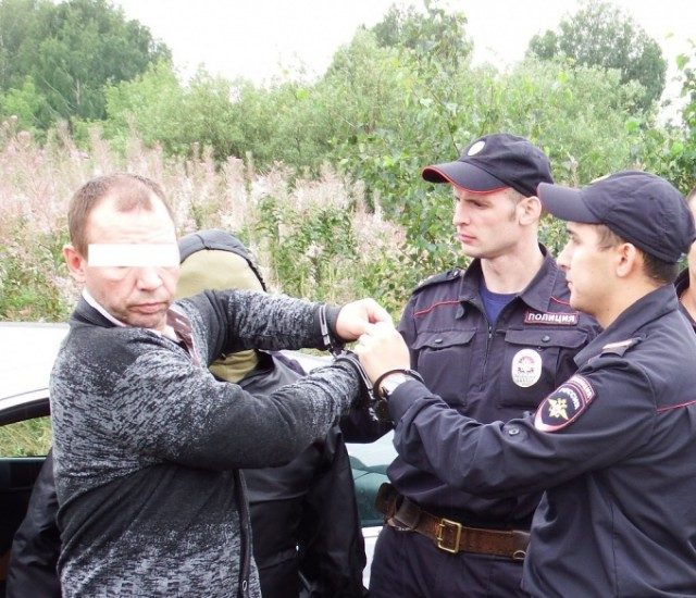 В Екатеринбурге осужден таксист, отрубивший голову девушке