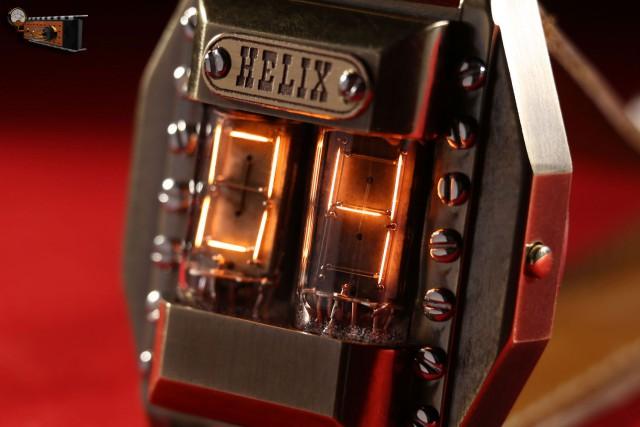 """Наручные часы на накальных индикаторах """"Helix"""""""