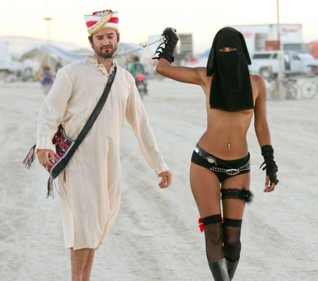 golaya-arabskaya-foto