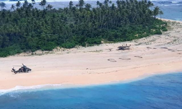 Троих моряков нашли на необитаемом острове в Тихом океане. Всё благодаря надписи SOS на песке