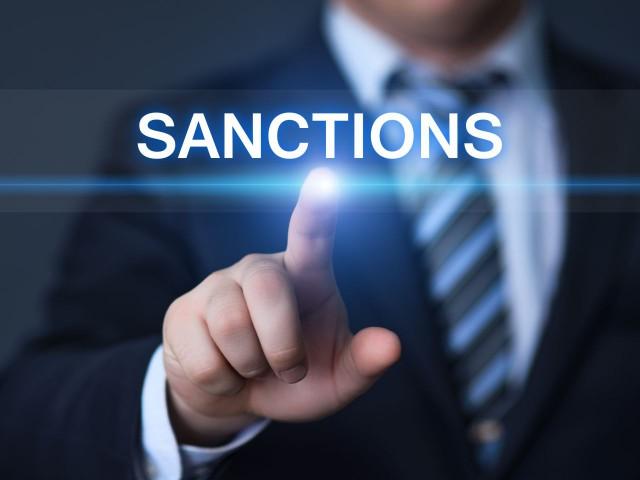 Владимир Зеленский попросил США усилить санкции против России.