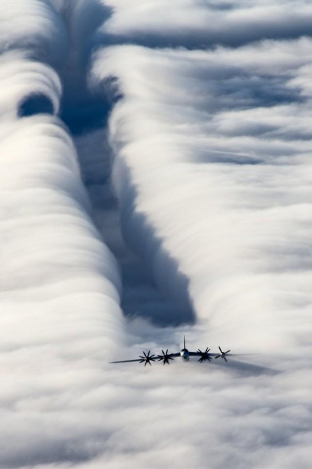 Минобороны РФ опубликовало уникальное фото бомбардировщика-ракетоносца