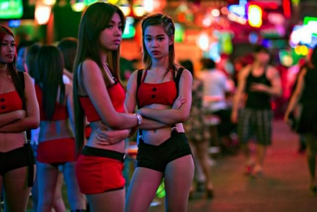 Видео таиландских сексуслуг просто
