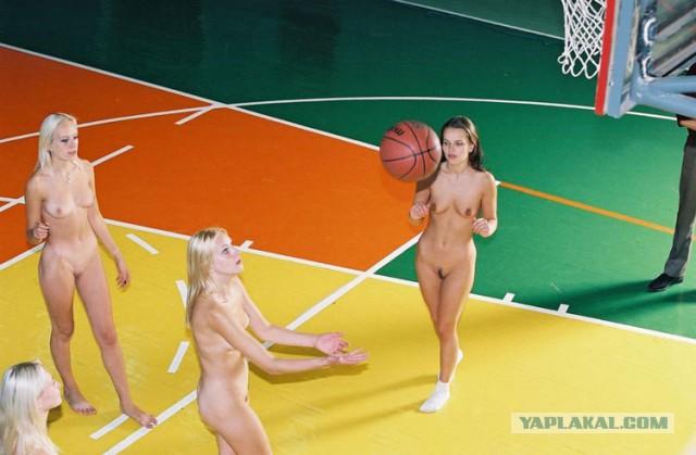 Женщины голые в спорте фото