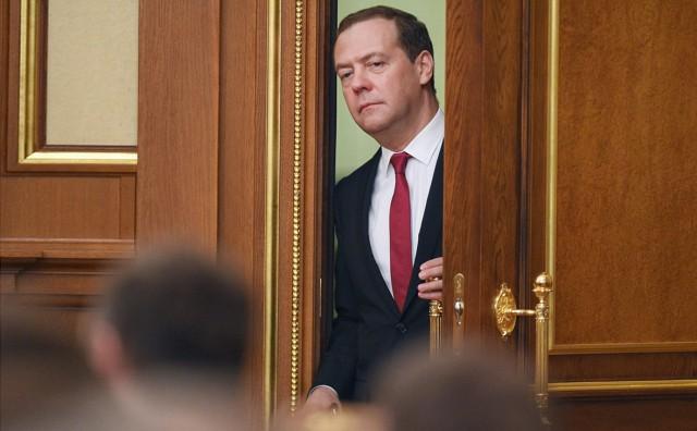 Медведев назвал кандидатов на посты вице-премьеров