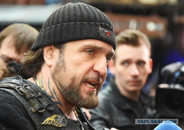 Кадыров подарил «ночным волкам» новые мотоциклы
