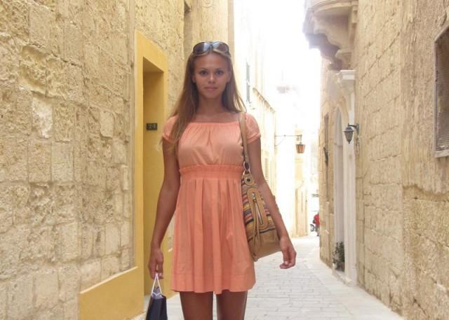 Частное красивые девушки в платьях