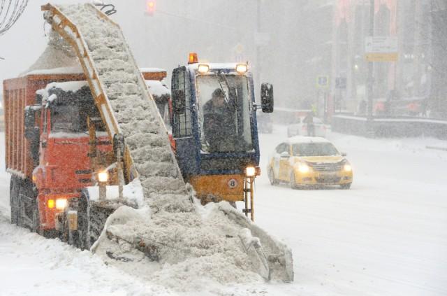 Юношу перемололо в снегоуборочной машине на северо-западе Москвы