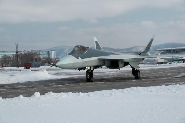 Опубликованы фотографии седьмого летного опытного образца Т-50 (ПАК ФА)