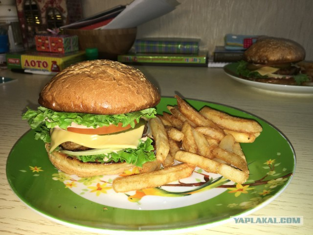 Как сделать гамбургеры с ветчиной в домашних условиях
