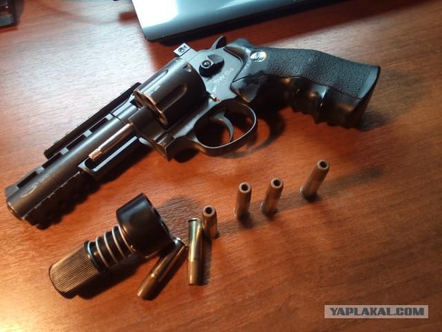 Револьвер sw b4 gletcher обмен или продажа Москва