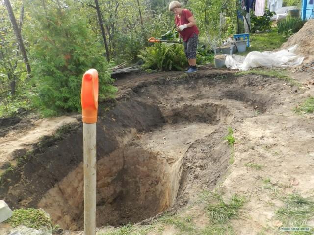 Как выкопать на даче пруд своими руками