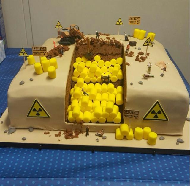 Торт на День рождения инженеру на атомной станции