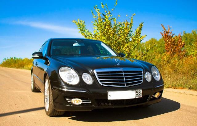 Продаем Mercedes-Benz E-class E320 Avantgarde