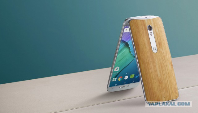 Motorola. Старейший производитель смартфонов вернулся в Россию