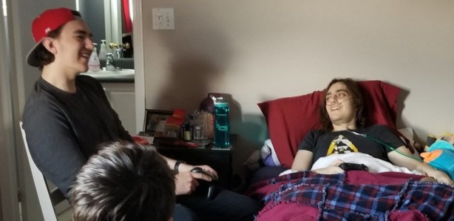Умер счастливым: компания-разработчик разрешила онкобольному парню опробовать их игру до официального выхода