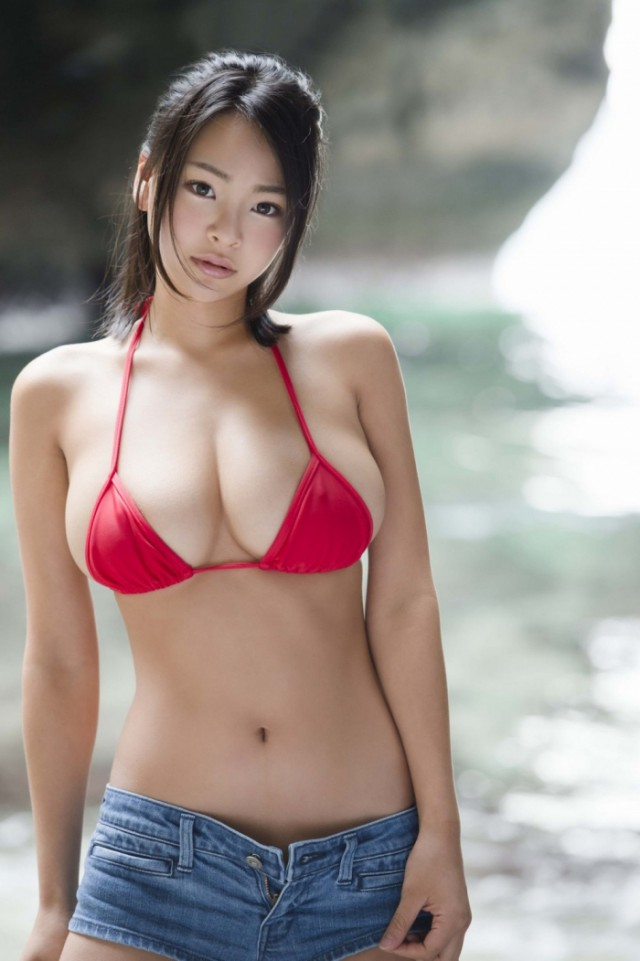 Skinny italian girls nude